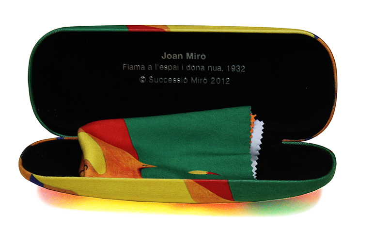 EYEGLASS CASE + LENS CLOTH.