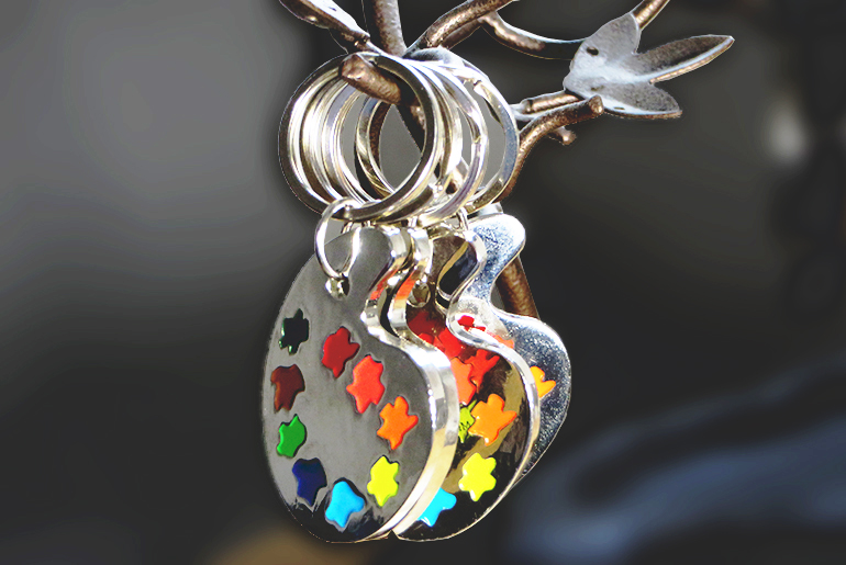 PAINTER PALETTE KEYCHAIN