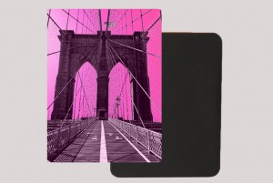BROOKLYN BRIDGE PINK MAGNET