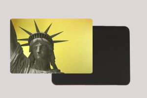 STATUE OF LIBERTY GOLD MAGNET