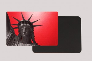 STATUE OF LIBERTY RED MAGNET